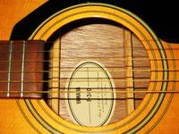 chitarra-yamaha